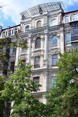 3-х уровневые VIP-апартаменты 406 м² в центре Киева, авторский ремонт