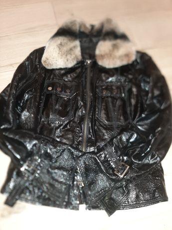 Кожанная лаковая куртка курточка кожа