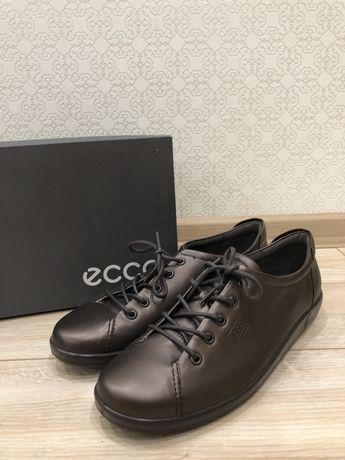 ECCO напівчеревики 40Р