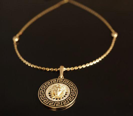 Złoto 585 - złoty łańcuszek z zawieszką na wzór Versace