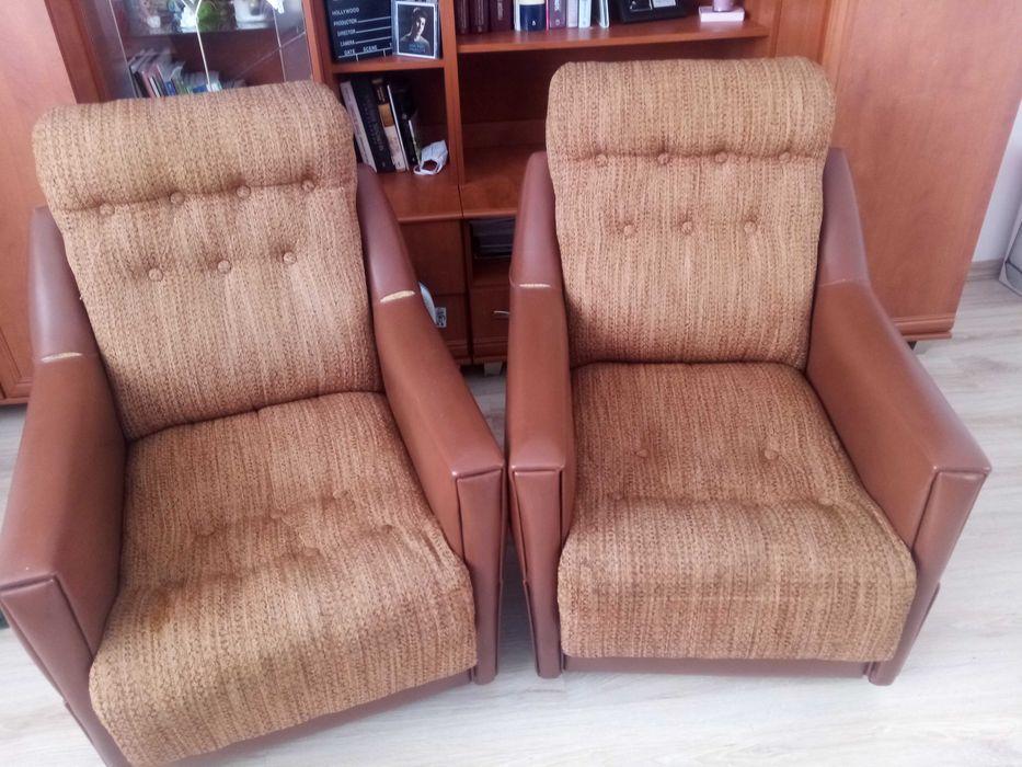 Fotele w bardzo dobrym stanie Bieglów - image 1