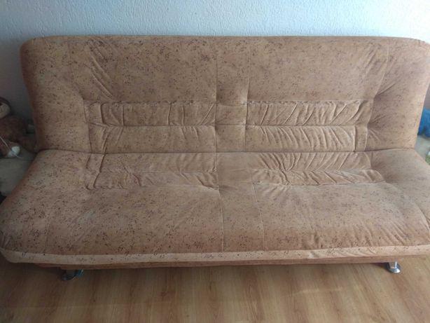 Komplet wersalka i dwa fotele w dobrym stanie