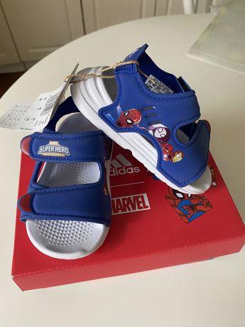 Nowe Adidas swim sandal rozmiar 20