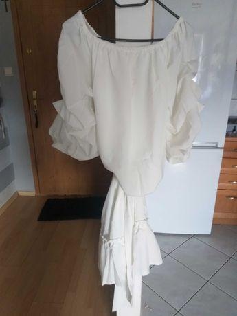 Sukienką kremowa