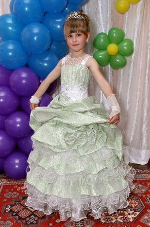 большой выбор 3-11лет,прокат костюмов,нарядные,бальные платья