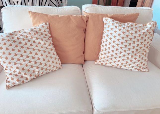 4 capas de almofadas