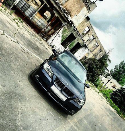 BMW E90 325xi