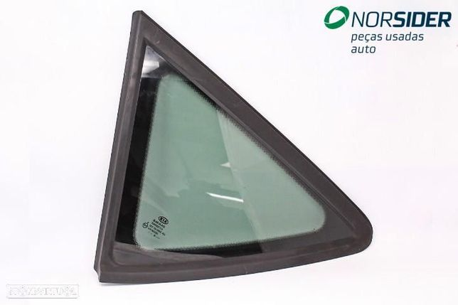 Vidro fixo painel lateral 1 esq Kia Ceed Sport Wagon|06-09