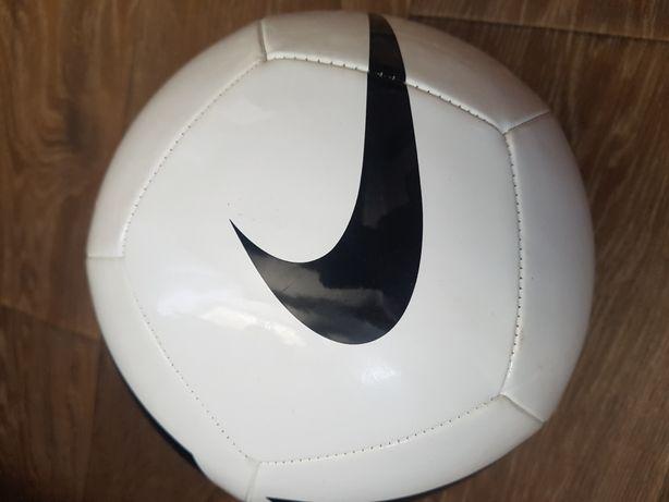 Мяч nike pitch team size 5