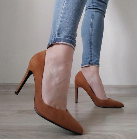 Туфли-лодочки женские замшевые Bershka