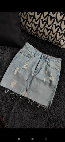 Spódnica jeansowa modna przetarcia
