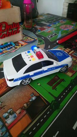 Auto policyjne z syrenami