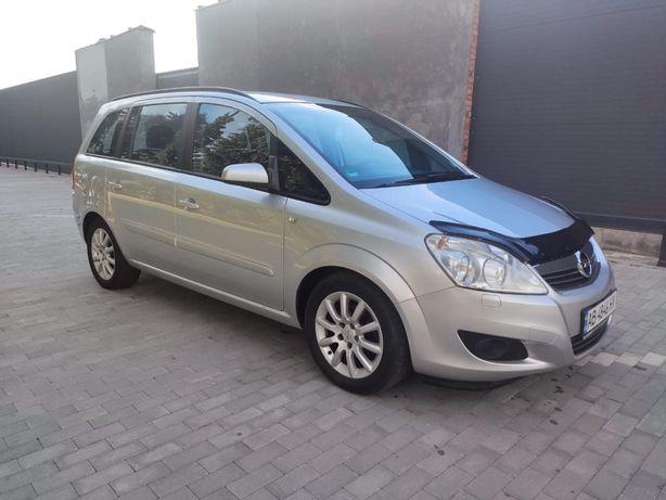 Opel Zafira 7 Mest