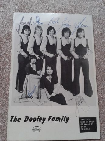 Автограф The Dooley Family-70-е -80-е годы Англия