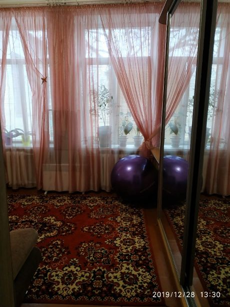 Продам приватизированную комнату в общежитии в центре Николаева