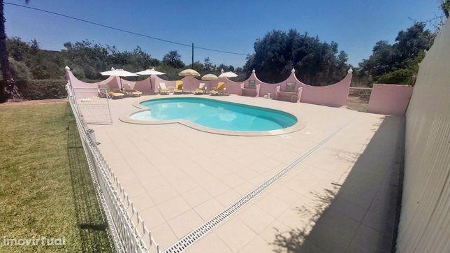 Moradia V4- Piscina- Bordeira- Lagos e Relvas-Faro- 2 a 7 de Agosto