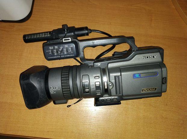 Видеокамера Sony DSR-PD170