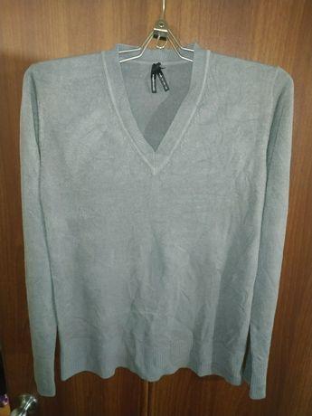 Продам свитер фирма атмосфера