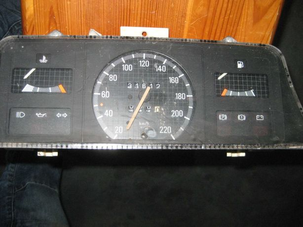 Licznik, zegary Opel Kadett E