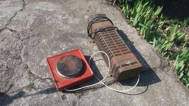 Электро печька и напольный обогреватель.
