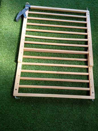 Vendo grade de madeira proteção para crianças
