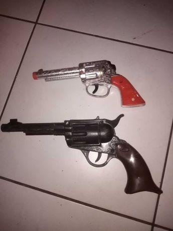 Pistolety plastikowe z lat PRL