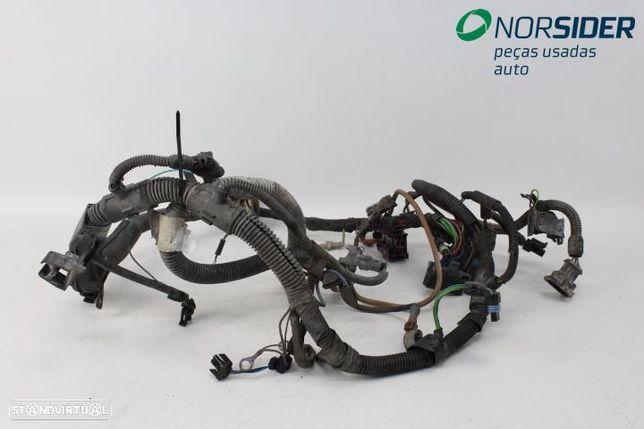 Instala elect comparti motor Opel Corsa B 93-97