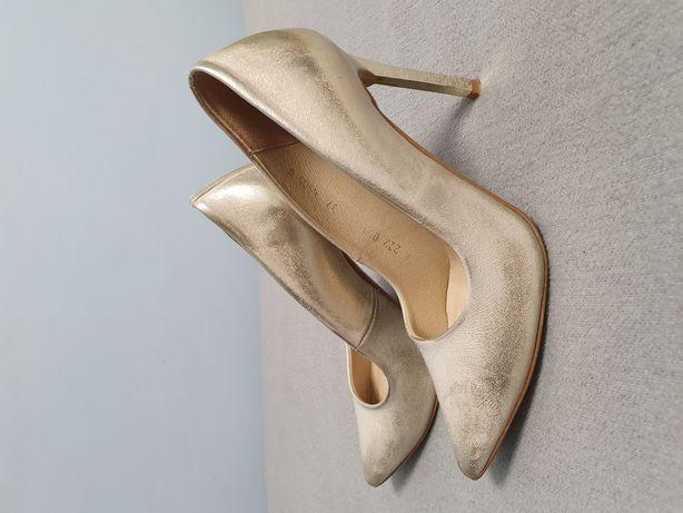 Giulio Santoro Comfort buty czółenka
