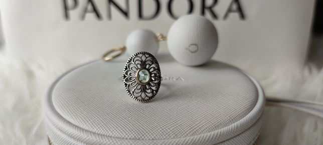 Pierścionek Pandora tt koronka zielony spinel 52, 54 i 56