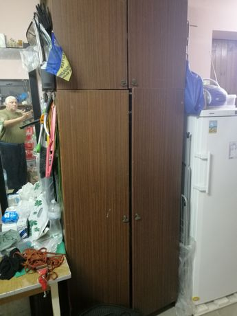 Шкаф трьохдверный