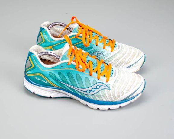 Фирменные беговые кроссовки в сетку Saucony Kinvara 7(42,5 размер)Nike