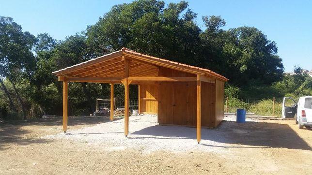 telheiro de madeira