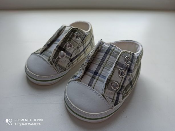 Обувь для младенца пинетки