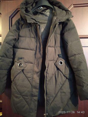 Куртка зимова,10-11років в ідеальному стані