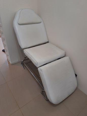 Продам массажный стол (косметическое кресло)