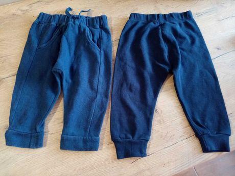 Dwie pary spodni dla chłopca 6do 9 miesięcy