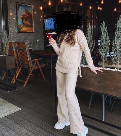 Костюм, жіночий костюм, женский костюм, спортивный костюм