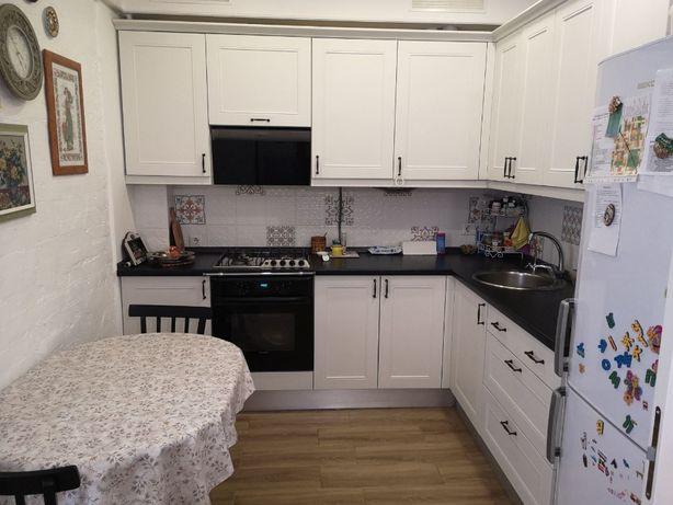 Евро 2 к квартира с дизайнерским ремонтом и большой кухней-гостинной