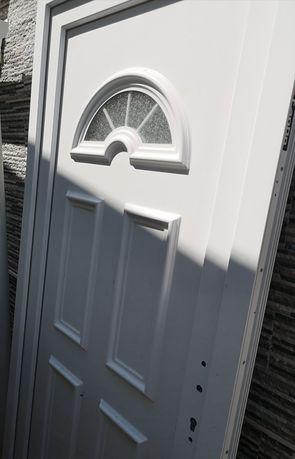 Porta exterior em pvc