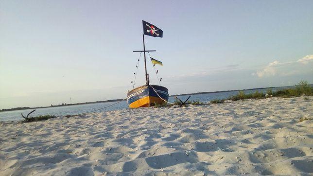 Продам пиратский баркас