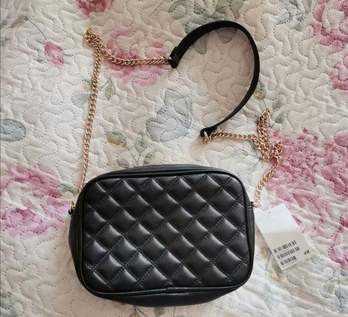 NOWA pikowana mała czarna torebka H&M
