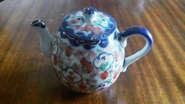 Bule em porcelana chinesa do século XIX