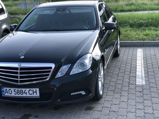 Mercedes-Benz E 200 AVANTGARDE 2010