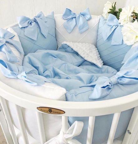 Бортики в кроватку, одеяло и простынь