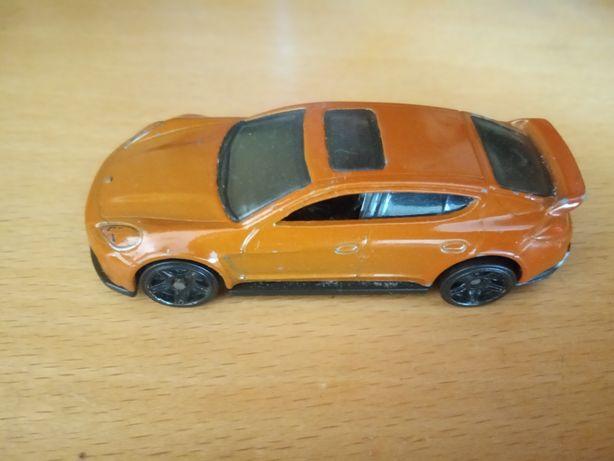 Машинка Porsche Panamera игрушка