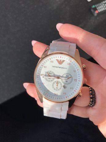 Zegarek Armani bialy