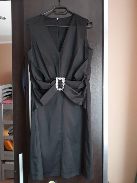 Czarna sukienka L