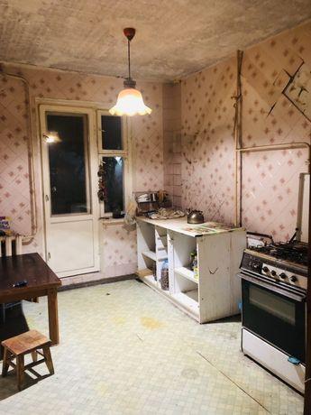 Продам 3-х комнатную на Дзержинке