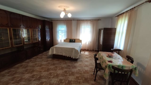 Сдам дом от хозяина, недалеко от м. Академгородок и Житомирская.