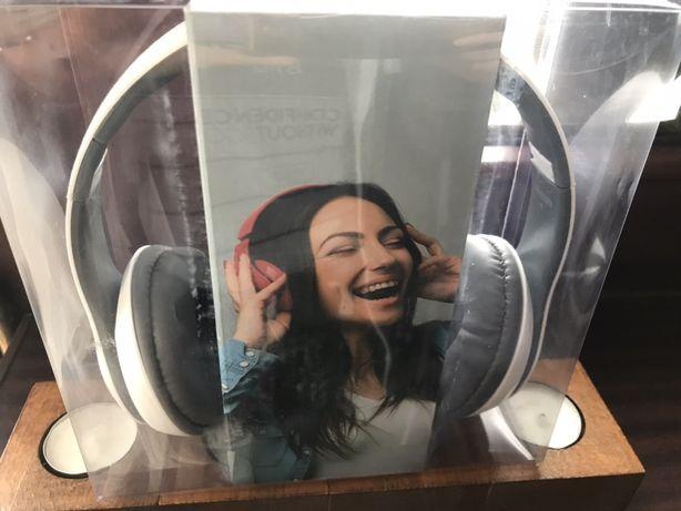 Słuchawki bezprzewodowe nauszne